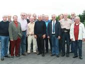 """Teilnehmer des Seminars """"Seniorenpolitik"""" mit Bundeseniorenbeauftragter Klaus-Dieter Schulze (5. von rechts) und Jasmin Jestel, Referentin der Bundesgeschääftsstelle der komba gewerkschaft (4. von rechts) (Foto: © komba gewerkschaft)"""