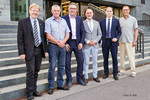 Mitglieder der ständigen Vertretung und Andreas Hemsing, Bundesvorsitzender der komba gewerkschaft und Geschäftsführung dbb Bundestarifkommission (dritter von links). (Foto: © dbb)