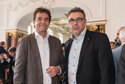 Thomas Böhle, Verhandlungsführer der VKA (links), Andreas Hemsing, Verhandlungsführer des dbb (Foto: © Daniela Mortara, dbb)