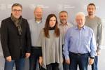 v.l.n.r.: Andreas Hemsing, Frank Fischer, Anna Kraft (Tarifreferentin), Dieter Langenhahn, Ulrich Marquart, Thomas Stender (es fehlen Ralf Klemme, Sven Kummerer und Cem Suruh) (Foto: © komba gewerkschaft)